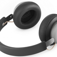 Cuffie Wireless Over-Ear Bang & Olufsen BeoPlay H4 Recensione e Specifiche tecniche con i Prezzi Online